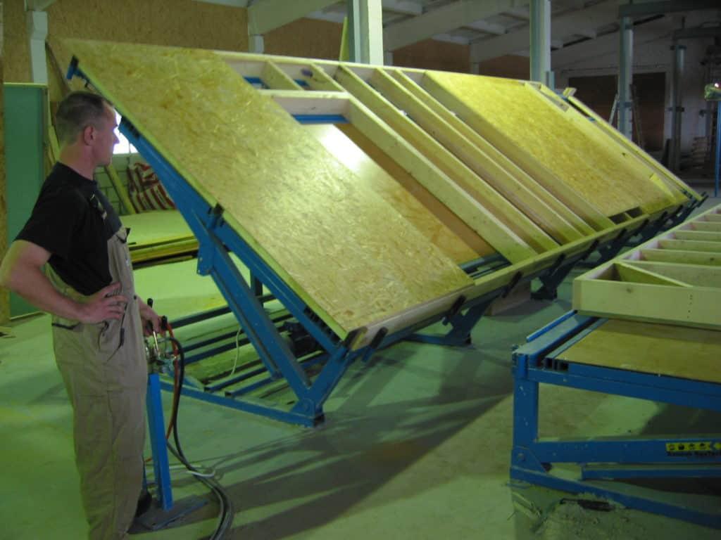 Prefabricated wood houses ražotus