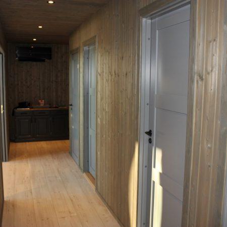 Norway Prefab cabin interior3 (1024x683)